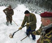 Pátrání po pohřešované osobě v lavinovém svahu