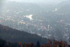 Známý výhled z Hvíždince na Řevnice a na Berounku