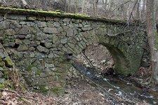 Zbytky mostu na říšské Norimberské silnici