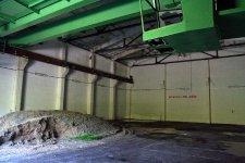 Interiér skladu prachových motorů